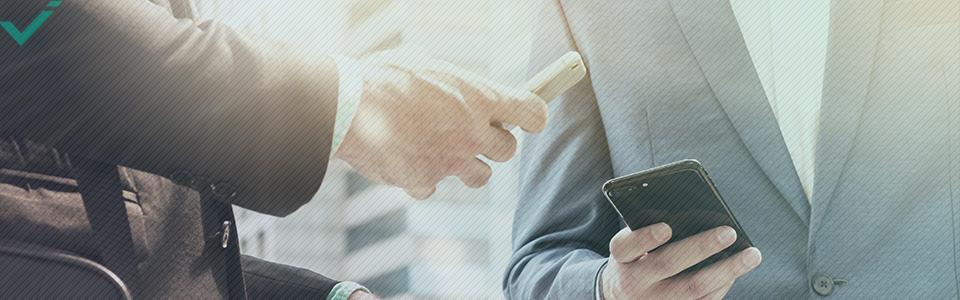 Eine Studie aus dem Jahr 2010 legte außerdem nahe, dass Social-Media-Marketing Unternehmen ermöglicht, bestehende Beziehungen zu ihren Kunden zu verbessern, wodurch der Wert für Online-Shopping potentiell ansteigt.