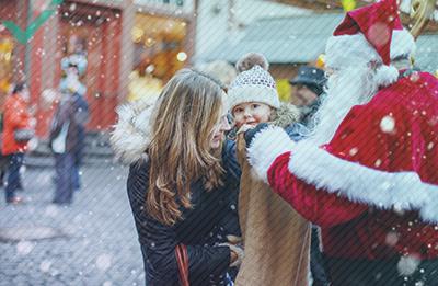 Die seltsame (und manchmal düstere) Geschichte des Weihnachtsmanns in Europa